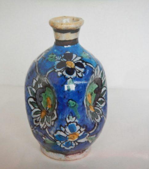 オランダデルフト窯三方偏壺 (17世紀)