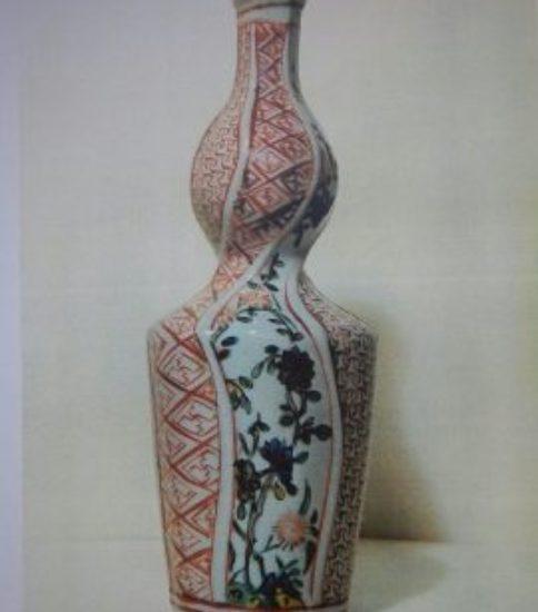 古九谷色絵花卉文瓢形捻徳利 (17世紀 江戸初)