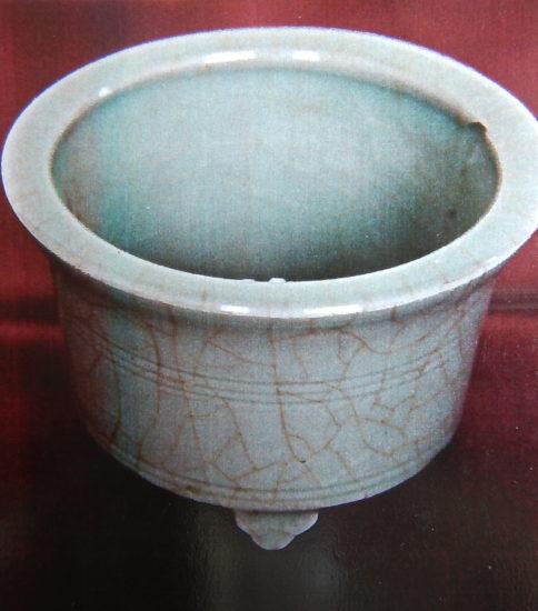 郊壇官窯青磁千鳥香炉「南宋」13世紀